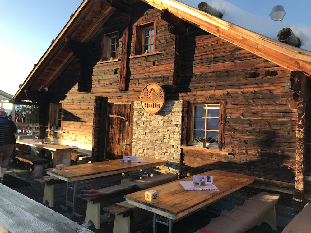 wonderful Berg hut and restaurant halfway down